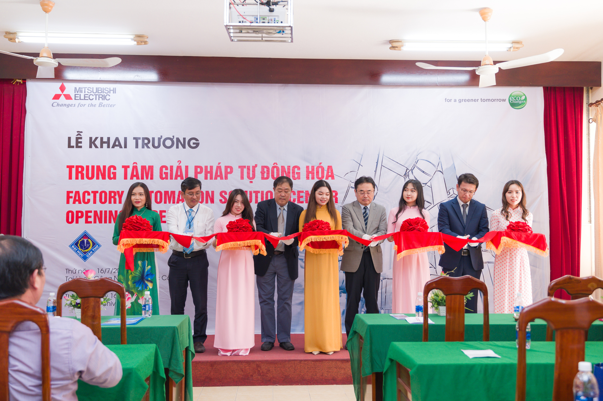 Mitsubishi Electric Vietnam launched the Factory Automation Solutions Center at Can Tho University